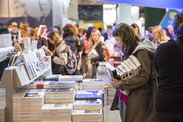 """Feria Internacional del Libro 2021: """"evaluamos realizarla de manera presencial en el segundo semestre"""", sostuvo Alejandro Vaccaro, presidente interino de la Fundación El Libro"""